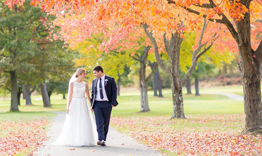 Fall Weddings at Turf Valley Resort, Maryland